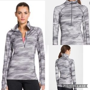 Under Armour Gray Camouflage cold gear pull over